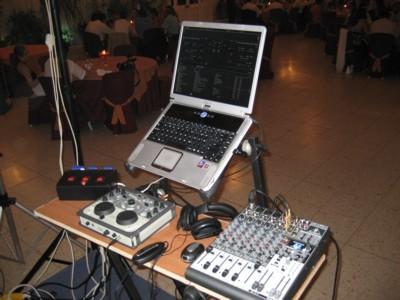 Virtual dj software mi equipo de sonido for Mesa de mezclas virtual